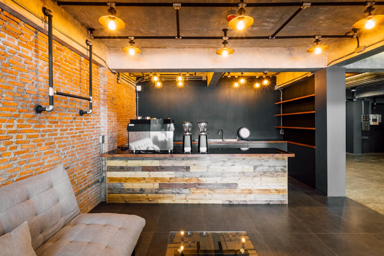 cafe-bar-hotel-loft-style